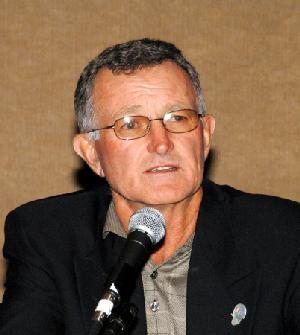 Photo of Bruce Elliott